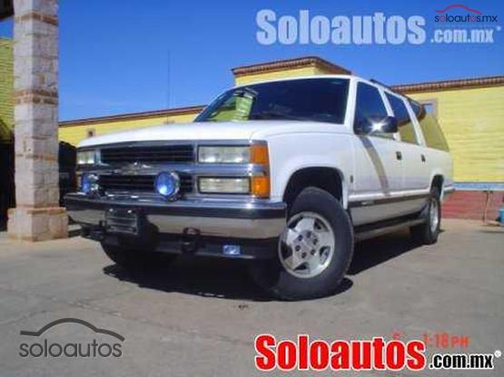 1995 Chevrolet Suburban CHEYENNE AT