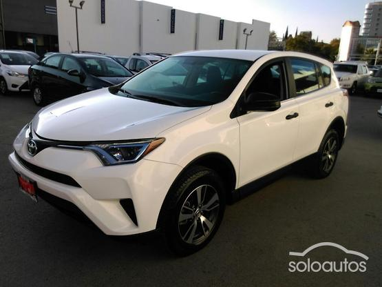 2017 Toyota RAV4 2.5 LE AT