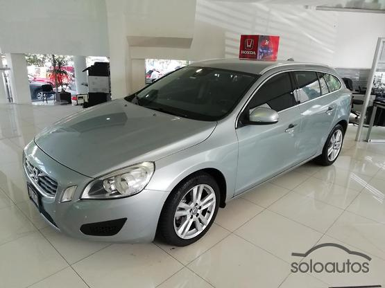 2013 Volvo V60 T5A FWD Evolution