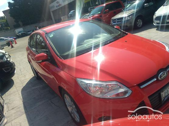 2014 Ford Focus TREND AT 5Ptas.