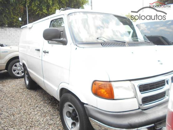 2003 Dodge Ram Van 1500 109IN