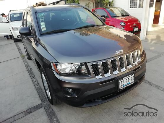2015 Jeep Compass Latitude FWD CVT