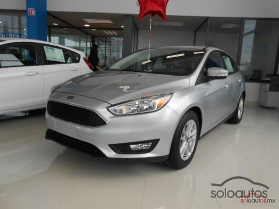 2017 Ford Focus SE TM 5 PTAS