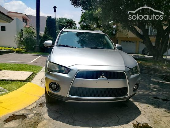 2010 Mitsubishi Outlander 3.0L Limited AT