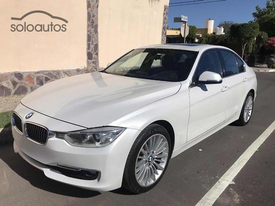 2014 BMW Serie 3 320i Luxury Line