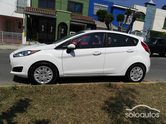 2014 Ford Fiesta S MT 5 ptas