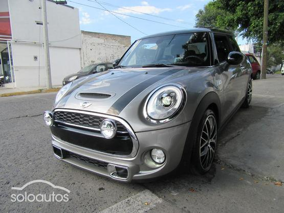 2017 MINI MINI Cooper S Hot Chili AT