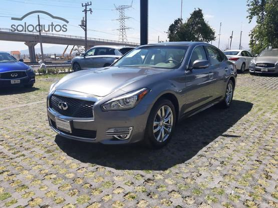 2017 Infiniti Q70 3.7 SEDUCTION