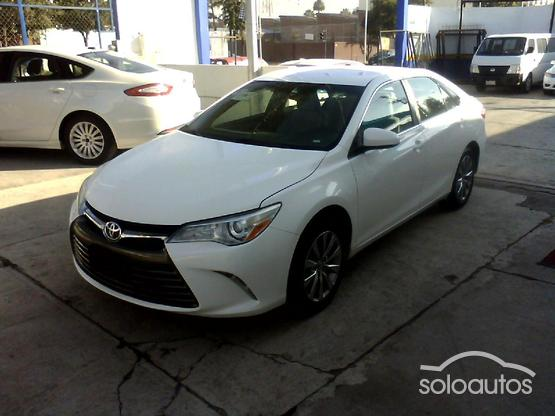 2016 Toyota Camry LE L4 AT6