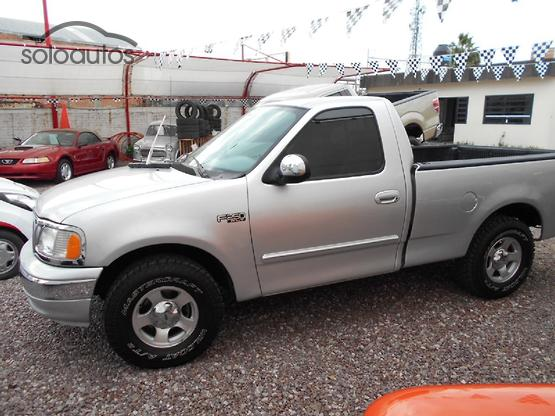 2009 Ford F-250 XLT MID V8 AT