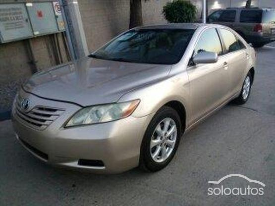 2009 Toyota Camry LE 5AT