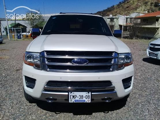 2017 Ford Expedition Platinum 4x4 MAX V6