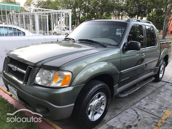 2001 Ford Explorer XLS V6 4X2