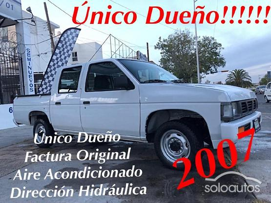 1997 Nissan Pick Up DOBLE CAB TIPICO MT