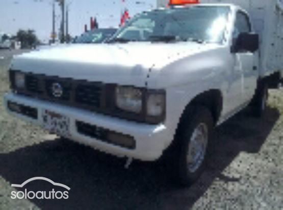 2007 Nissan Camiones Estacas Largo TM
