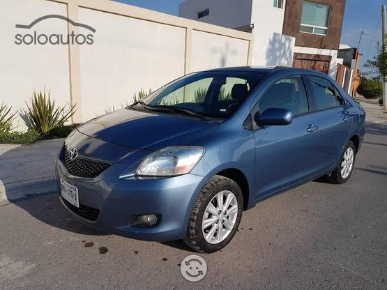 2012 Toyota Yaris Sedan Premium MT