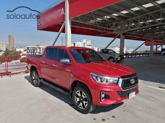 2019 Toyota Hilux 4x4 Doble Cabina Diesel At Platinum Rojo