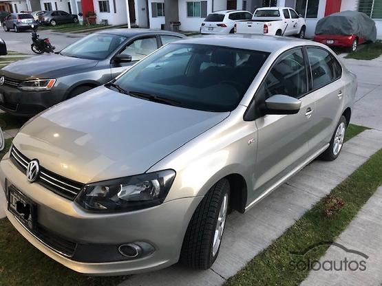 2014 Volkswagen Vento Highline 1.6 MT