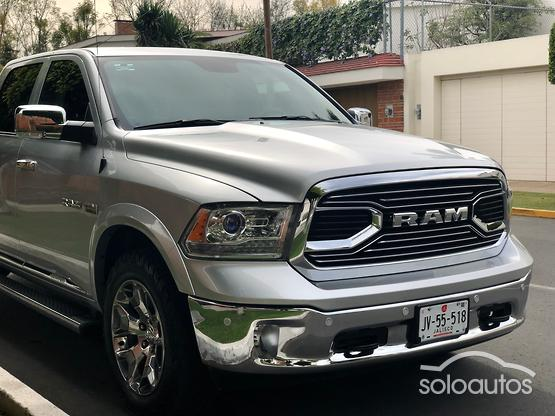 2017 Ram Ram 2500 Laramie Limited Crew Cab 4x4 V8 8AT