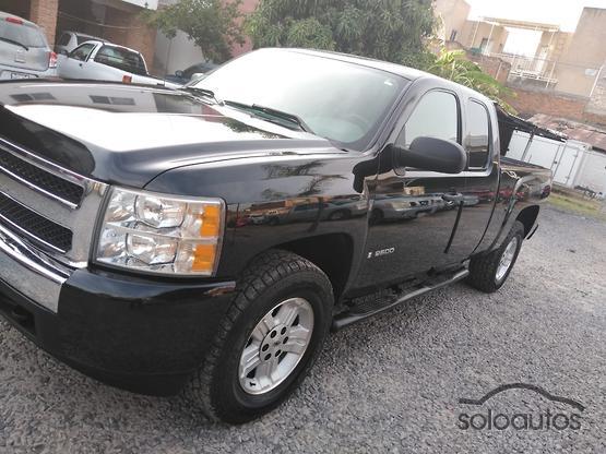 Autos Camionetas Y 4x4s Chevrolet En Color Negro Silverado Con Pick Up En Venta En Mexico Soloautos Mx