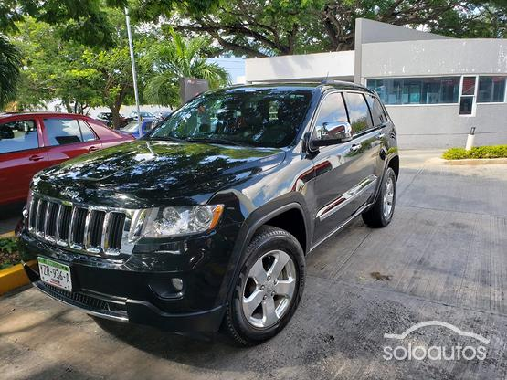 2013 Jeep Grand Cherokee Limited 4X2 3.7 V6
