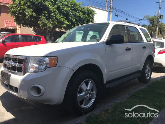 2012 Ford Escape XLS l4 TA