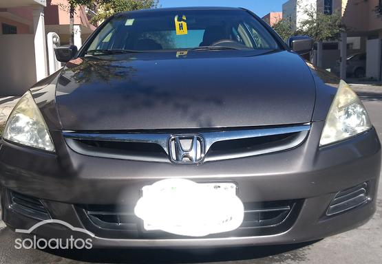 2006 Honda Accord EX L4 Seguridad