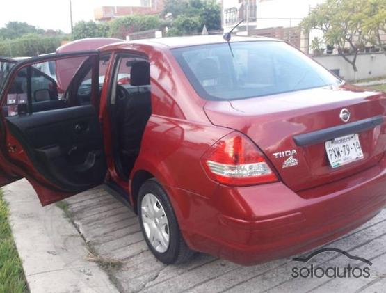 2011 Nissan Tiida Sedan Custom TM AC