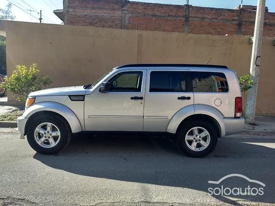 2007 Dodge Nitro SLT AT 4x2