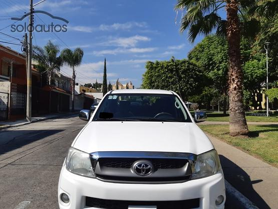 2009 Toyota Hilux Doble Cabina (BX AC + Power)
