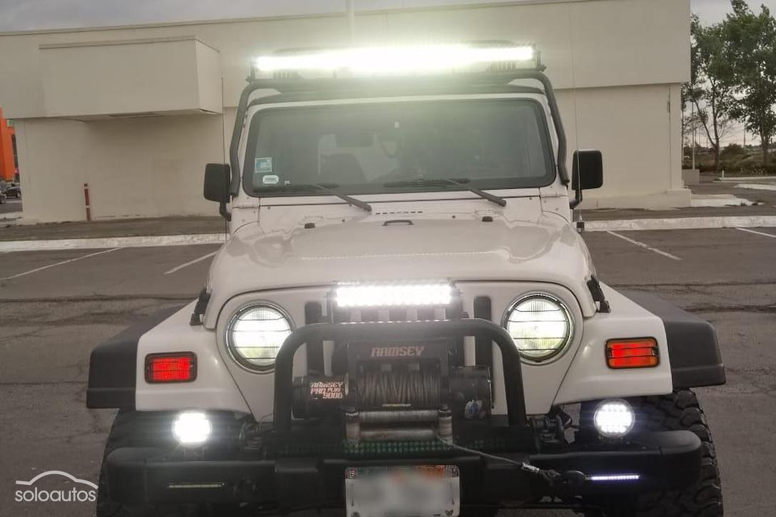 Autos Camionetas Y 4x4s Jeep Wrangler 4 Cilindros En Venta En