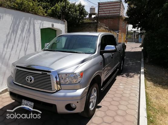2010 Toyota Tundra 5.7 V8 Crew Max Limited 4X4 AT
